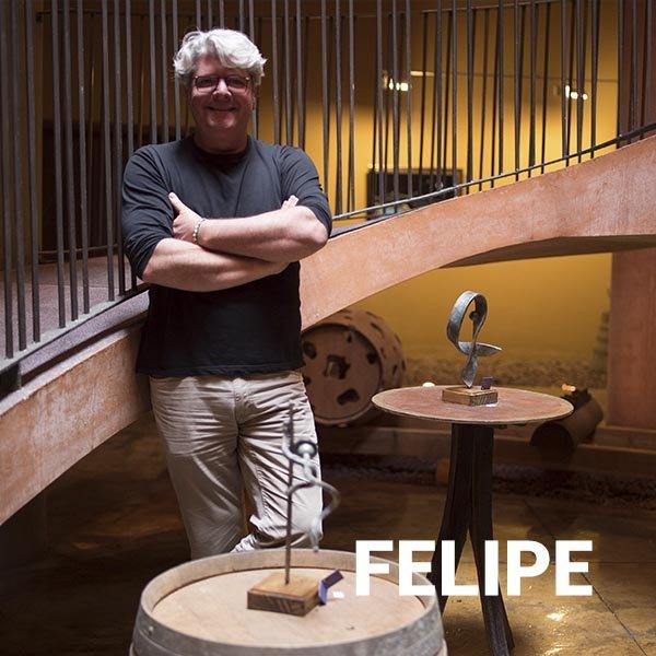 experiencia-vinicola-bodegas-monje-tenerife-felipe